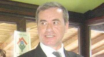 Primarul Dulamă a scos din buzunar juma' de miliard ca prime de Paşte 5