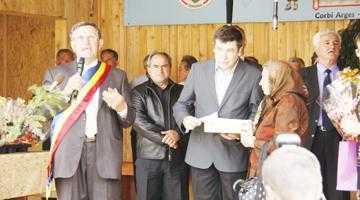 Joncţiunea dintre Nord şi Sud. Primarul din Rociu a fost la Ziua Comunei Corbi 5