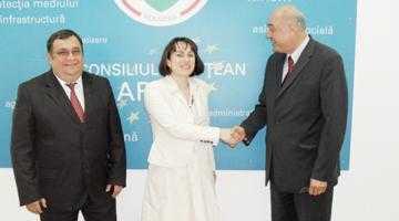 Şeful Consulatului Român din Edinburgh, Mihai Delcea, a vizitat judeţul Argeş 5