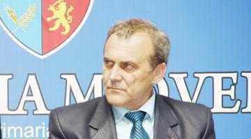 Primarul Georgescu îl face cetăţean de onoare pe Jerome Olive 3