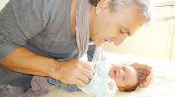 EXCLUSIV. Prima poză cu fetiţa Laviniei Năstase şi tatăl copilului. 6