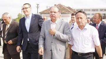 Nicolescu, Pendiuc&comp s-au făcut de râs în scandalul excluderii lui Geoană 4