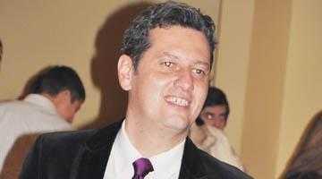 """Dan Dragomir şi-a început campania pentru Senat cu o """"nuntă"""" la Restaurantul Magic 5"""