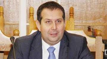 """""""Nu Raed Arafat vrea să creeze psihoză, ci Traian Băsescu a creat-o deja"""" 5"""