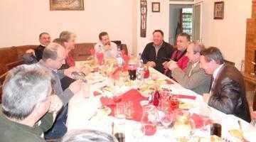 La invitaţia Comunităţii Montane Iezer Muscel, parohul Bisericii Ortodoxe din Glasgow şi Edinburgh s-a întâlnit cu mai mulţi primari argeşeni 2