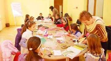 Atelier creativ şi recreativ la Şcoala Specială Valea Mare - Ştefăneşti 6