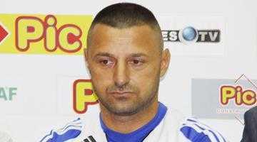 Viorel Dumitrescu este vecin cu tatăl lui Dani Coman în Ştefăneşti 6