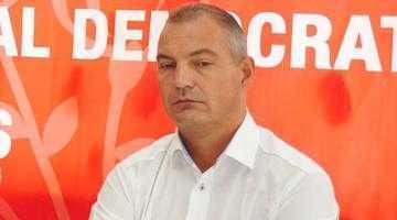 Deputatul Mircea Drăghici a oferit analize medicale gratuite la peste 300 de oameni din Muşăteşti 5