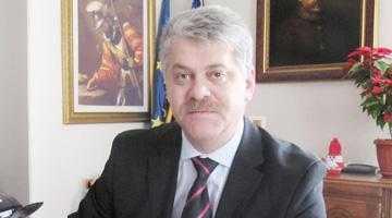 Primarul Câmpulungului  spune că a dat el  cafeaua la întâlnirea  cu Andrei şi Falcă 5