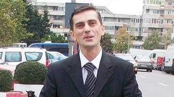 Nicolescu 3 şi-a retras subit candidatura 3