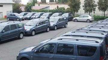 Directorul Adrian Moisescu de la Ape a spart într-o lună 30 de miliarde pe maşini 4