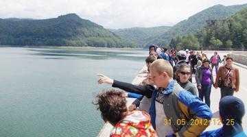 Copiii de la Şcoala Specială Valea Mare au văzut Mănăstirea Argeşului şi Barajul Vidraru 4