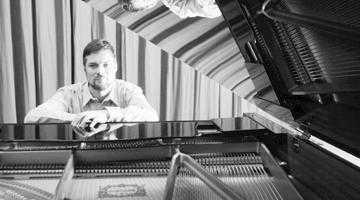Pianistul Csíky Boldiszár concertează la Pitești 2
