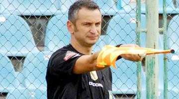 Singurul arbitru FIFA din Argeş a pus ghetele-n cui 6