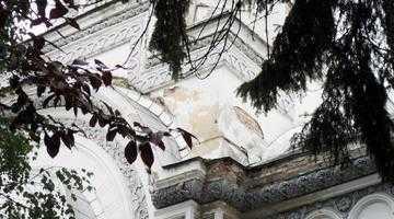 Întârzie banii europeni pentru restaurarea Bisericii Sf. Vineri 5
