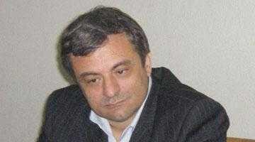 Monica Macovei era să rămână şchioapă după contactul dur avut  cu delegaţia din Argeş 6