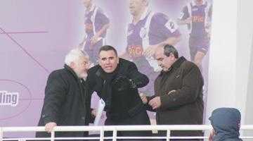 Cornel Penescu, învins de magazionera de la FC Argeş 4