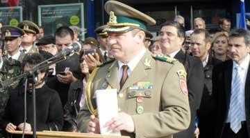 133 militari au depus jurământul în Piața Primăriei 5