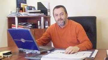 John Brănescu  împacă şi afacerile şi familia în… China 5