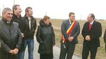 La Hârseşti s-a inaugurat primul drum agricol cu finanţare europeană din Argeş 3