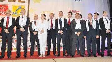 Vinerea trecută, în prezenţa a peste 1000 de participanţi, trioul Ponta-Antonescu-Constantin  a dat startul campaniei USL de la Piteşti 5