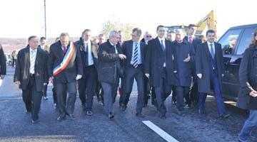 Inaugurarea drumului de legătură a DN 73 cu DN 73D, în prezența premierului Victor Ponta 6