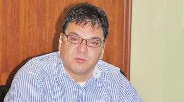 Fostul director Moisescu de la Ape mătură pe jos cu liberalii numiţi politic, fără nicio legătură cu sistemul 2