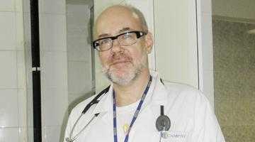 Cardiologul Adrian Tase conferenţiază la Istambul 4