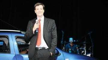 """Noua Dacie Logan MCV, """"one car show"""" la Teatrul Naţional din Bucureşti 6"""