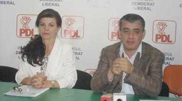 """Mircea Andrei: """"Dacă PNL ar reuşi să scape din chinga PSD-ului aş colabora cu acest partid şi implicit cu domnul Popa"""" 5"""