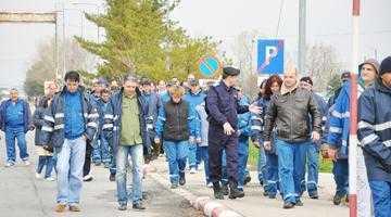 Până pe 14 iunie, ultima zi de lucru, șomerii de la Arpechim, consiliaţi de AJOFM Argeş la locul de muncă 6
