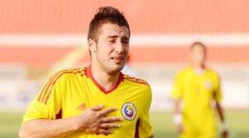 Dinamo a pus ochii pe Leonard Manole 5