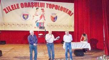 Actorul George Mihăiţă a dat sute de autografe la Zilele Topoloveniului 6