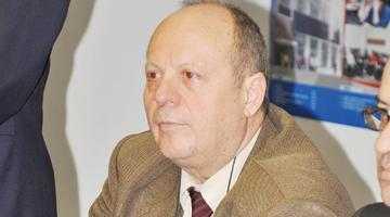 Universitatea din Piteşti are doi rectori! 3