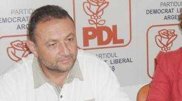 """Deputatul Cătălin Teodorescu: """"Guvernul Ponta goleşte de conţinut şi putere judeţul Argeş"""" 5"""