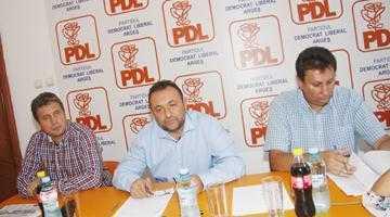 PDL pregăteşte actele  de divorţ pentru trei primari grei, la viitoarele alegeri 5