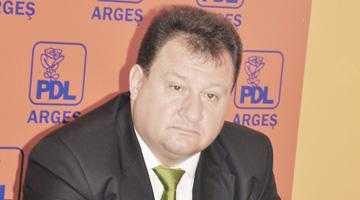 """Gabriel Bratu:  """"Adevărata miză a excluderii mele este locul de consilier judeţean, nu cel de membru PDL"""" 6"""