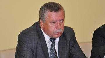 Florin Gardin, mustrat de prefectul Oprescu pentru că nu a raportat încăierarea elevilor din Curtea de Argeş 4
