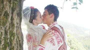 Centrul Cultural Mioveni un cuplu de îndrăgostiţi cu un week-end la Sinaia 5