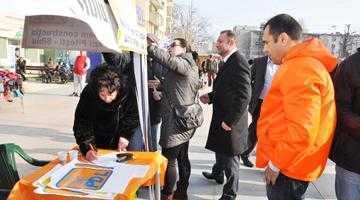 PDL strânge semnături pentru construcţia autostrăzii Piteşti-Sibiu 6