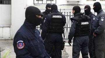 Urmărit internaţional, prins de poliţiştii argeşeni 5