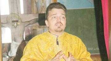 """""""Chiar dacă va fi sancţionat administrativ, preotul Manea nu va fi oprit de la slujbă"""" 7"""