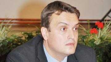 Mihai Oprescu, viitorul prefect, iar alegerile la CJ pe 25 mai 5