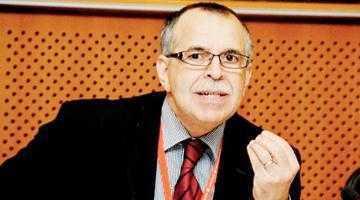 Scandal internaţional cu argeşeni. Glonţ de 9 mm, găsit la Bruxelles în bagajele delegaţiei de la Arpechim 6