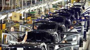 Uzina Dacia de la Mioveni, locul 5 în topul fabricilor auto din Europa 4