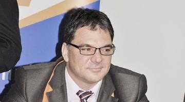 Adrian Moisescu îşi va prezenta lucrarea de doctorat în cadrul unei conferinţe internaţionale în Bulgaria 5