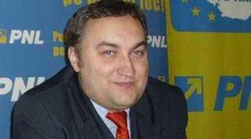 """Consilierul local liberal Avramescu despre scandalul autobuzelor: """"N-aş vrea ca un procuror DNA să mă întrebe nici cât e ceasul"""" 5"""