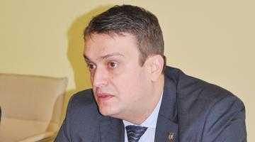 Prefectul Oprescu şi-a petrecut Paştele printre sinistraţi 5
