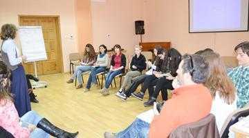 Atelier de formare  şi schimburi de experienţă dedicat tinerilor argeşeni 2