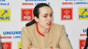 Deputatul Simona Bucura Oprescu cere ministrului Doina Pană fonduri pentru rezolvarea problemelor create de inundaţiile din Argeş 4